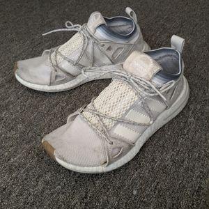 Adidas Akryn  Street/Running Shoe